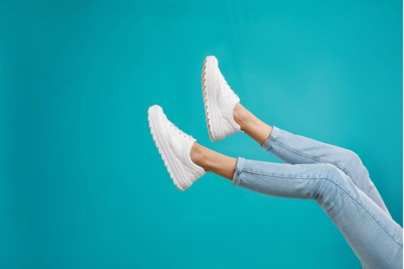 dar gelen ayakkabı genişletme