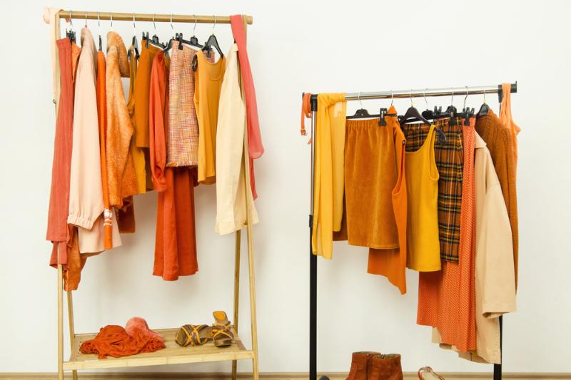 turuncu hangi renklerle yakışır