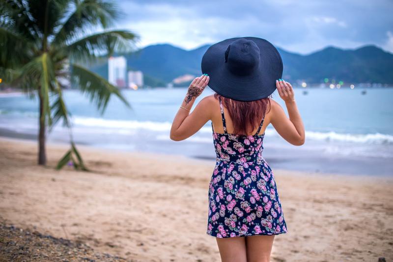yaz elbisesi kombinleri