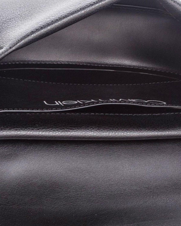 Calvin Klein Frame Med Saddle Çapraz Kadın Çantası K60K604451 Siyah