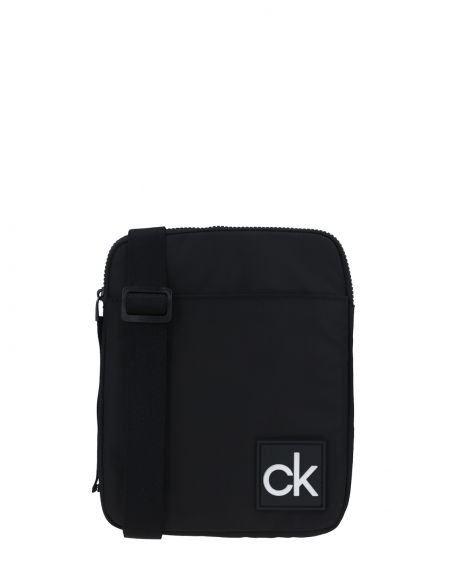 Calvin Klein Flat Pack Çapraz Askılı Erkek Çantası K50K506015 Black