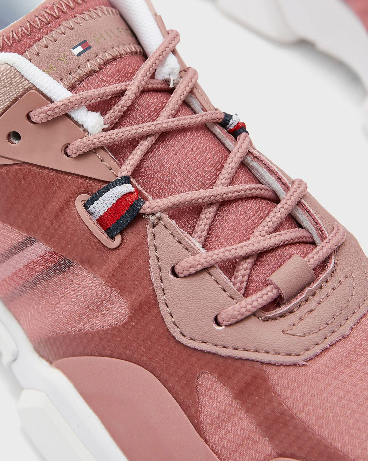 Tommy Hilfiger Technical Chunky Tommy Sneakers FW0FW04996 Misty Red